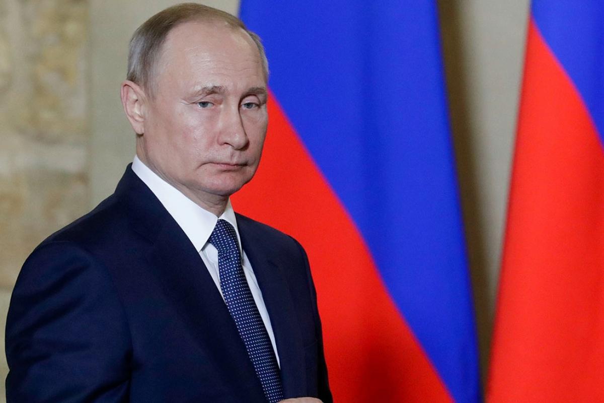 DailyMail: семья убедила Путина уйти в отставку - все случится в январе