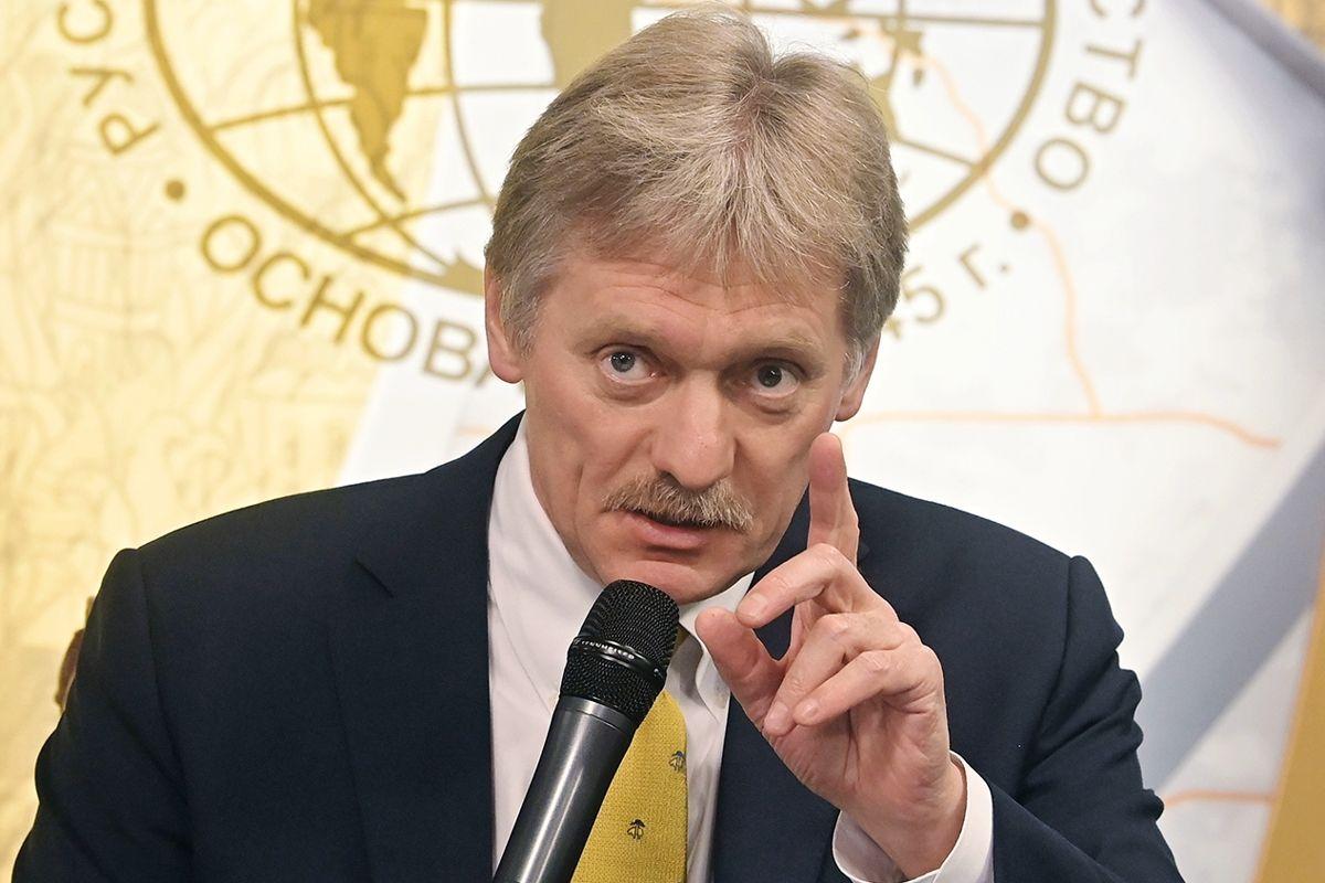 """В Кремле молниеносно отреагировали на санкции Канады против """"друзей Путина"""" - Песков грозит ответом"""