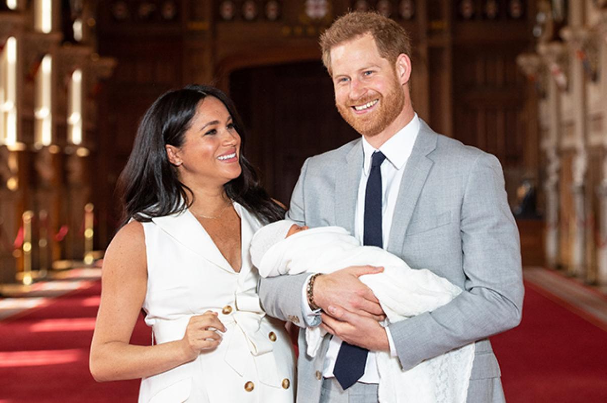 Меган Маркл и принц Гарри сэкономили на няне, пригласив смотреть за ребенком родственницу