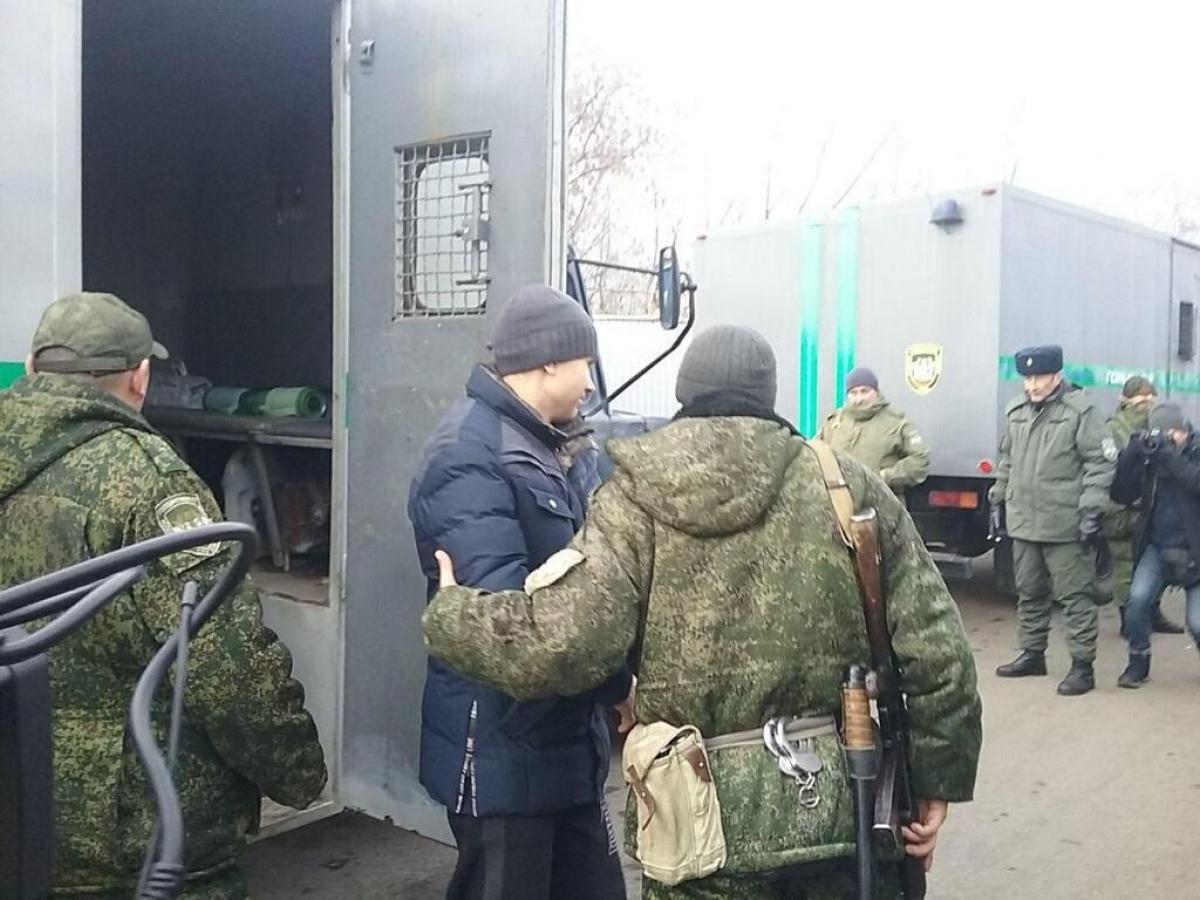 Обмен пленными под Горловкой состоялся: первое фото освобожденных украинцев