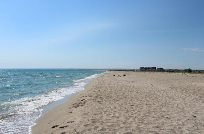 Мы обязательно туда вернемся: фото популярного пляжа в аннексированной Евпатории вызвало волну ностальгии среди патриотов - опубликованы кадры