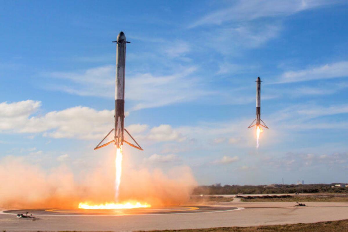 SpaceX, Falcon 9, Илон Маск, Ускорители, Ступени, Ракеты, Возвращение на Землю, Видео