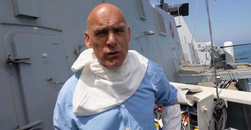 """Корреспондент BBC стал очевидцем инцидента с эсминцем HDS Defender: """"Надели защитные маски"""""""