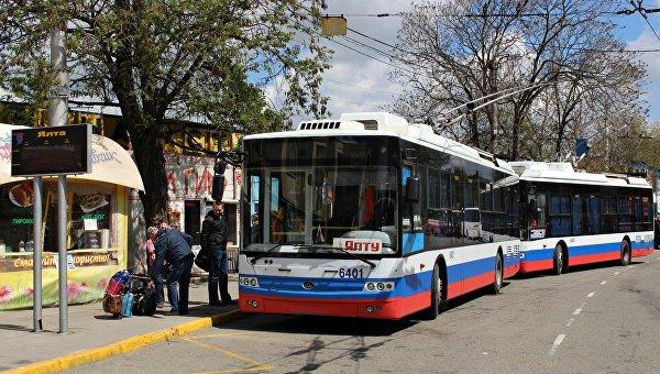 Жизнь в оккупированном Крыму дорожает с каждым днем: власти России подняли цены крымчанам еще и на транспорт