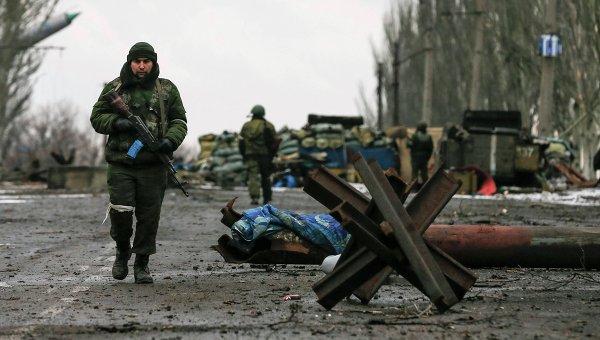 На блокпостах ДНР вносят выезжающих в базу, - волонтеры