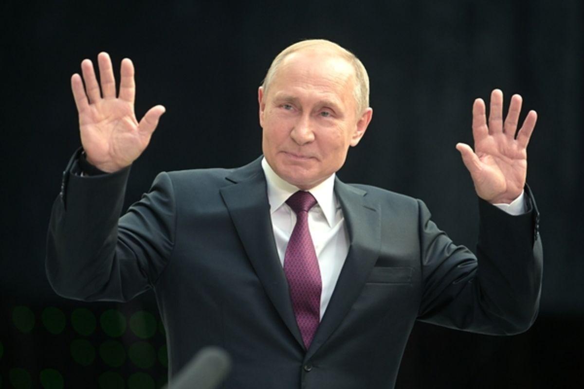 """Путин анонсировал """"беспрецедентные предложения"""" по вовлечению Японии в экономику Курил"""