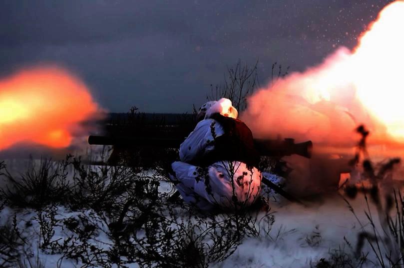 """Под Горловкой """"замес"""" - армия РФ несет серьезные потери, мотается много карет скорой помощи"""