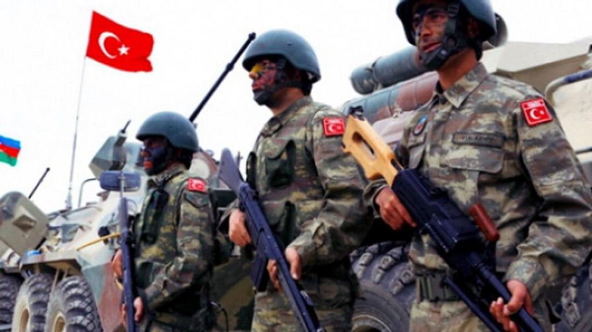 Турецкие миротворцы уже в Азербайджане: приземлились первые турецкие военно-транспортные самолеты