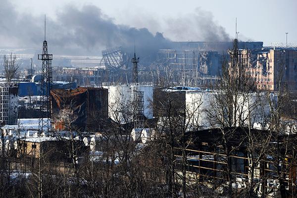 """Житель Донецка после """"путешествия"""" к ДАПу: """"Не верится, что здесь когда-то была жизнь и люди с нормальными мозгами"""""""