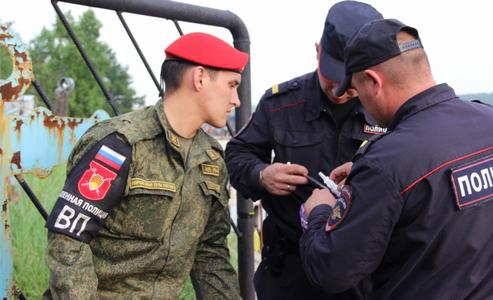 Завязли по уши в кровопролитном конфликте: у Путина ввергли россиян в шок, анонсировав отправку в Сирию российской военной полиции