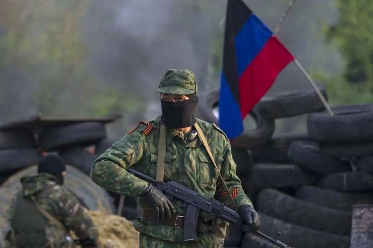 """В """"ДНР"""" хотят принудить гражданских работать на позициях боевиков: """"Либо пусть деньгами помогают"""""""