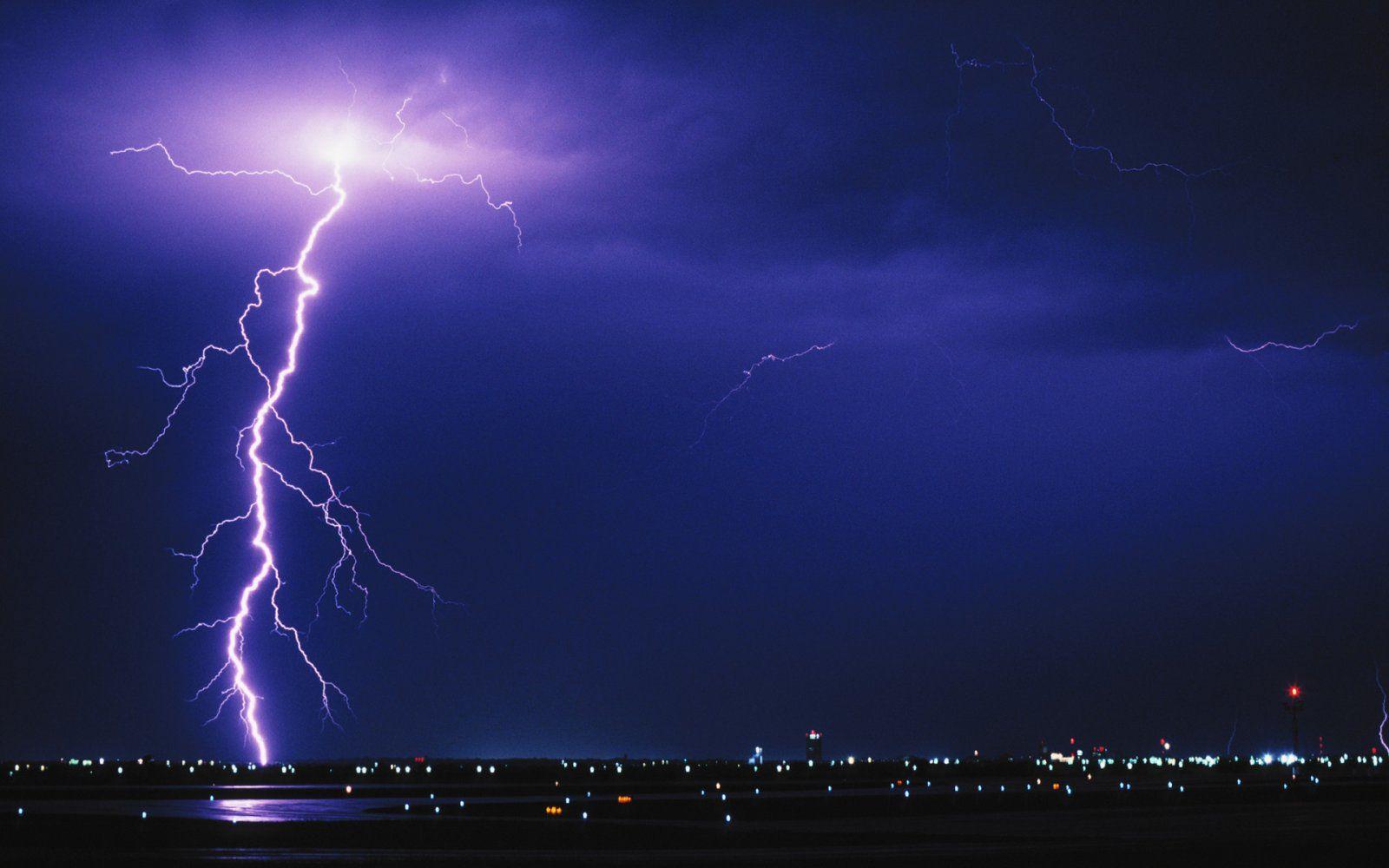 I уровень опасности: в Киеве ожидается резкое ухудшение погоды
