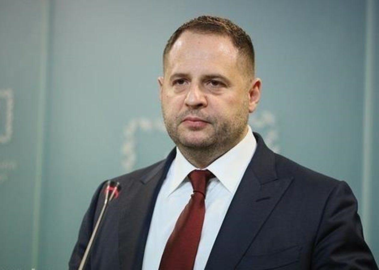 """Ермак получил """"черную метку"""" от Зеленского: """"Плохая новость для Ермака, он может быть уволен"""", – СМИ"""