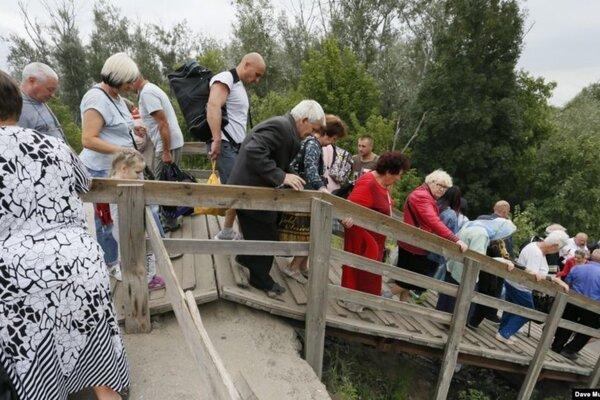 новости, ЛНР, договоренности, Донбасс, Станица Луганская, мост, очевидцы, жители, позиции боевиков, Украина