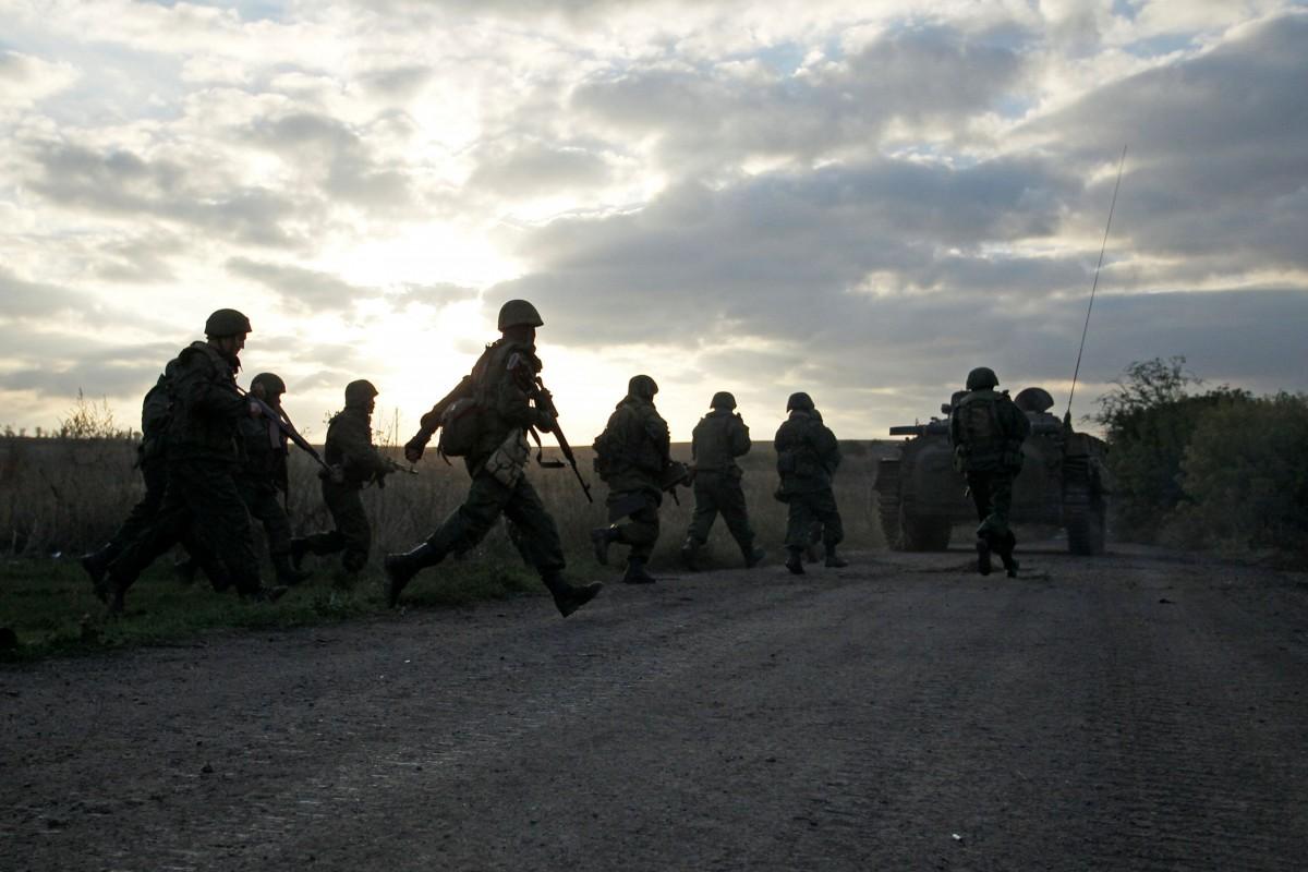 """Боевики """"ЛНР"""" несут огромные потери в технике и живой силе. Среди погибших немало """"ихтамнетов"""" – эксперт"""