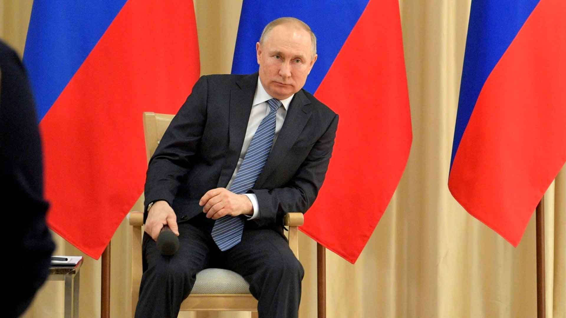 """Британский экономист пояснил, чего хочет добиться Путин от США на фоне """"нефтяной войны"""""""