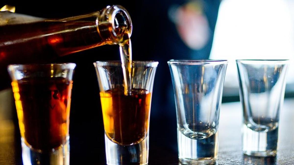 коронавирус, алкоголь, врачи, мифы, общество