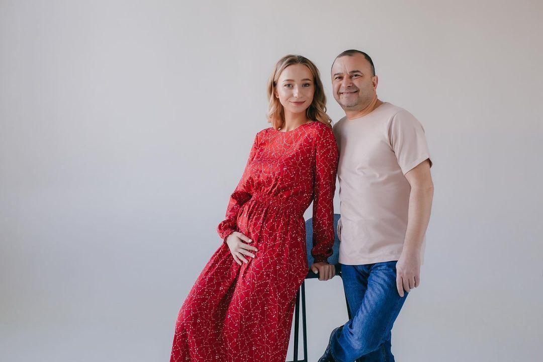 Беременная жена Виктора Павлика Катерина Репяхова показала будущего ребенка