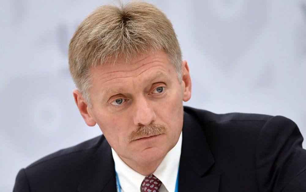 Песков прямо заявил, зачем Кремль перебрасывает бронетехнику на границу с Украиной