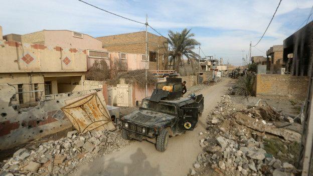 В Ираке взлетел на воздух лагерь для переселенцев: террорист-смертник хладнокровно убил 14 человек, в том числе четверых детей, - CNN