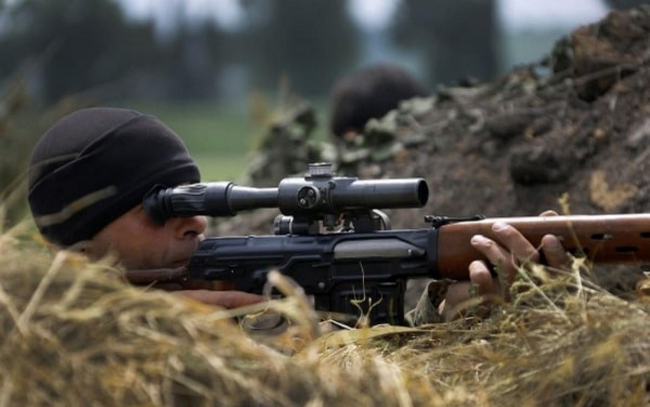 Армия РФ поменяла тактику войны на Донбассе: Жебривский сообщил о прибытии на Донбасс 100 российских снайперов - кадры