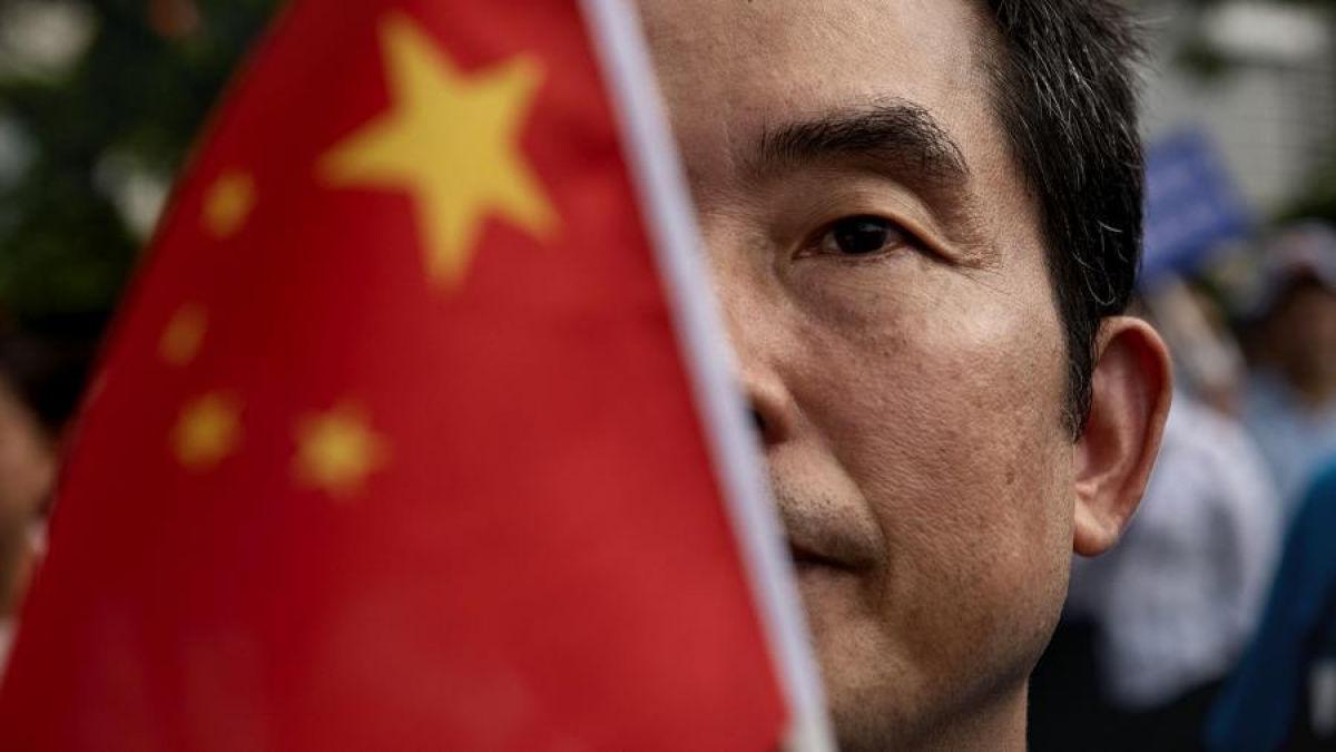 """""""Китай проникнет в самую ДНК украинской инфраструктуры"""", - эксперты предостерегли Киев от сближения с Пекином"""