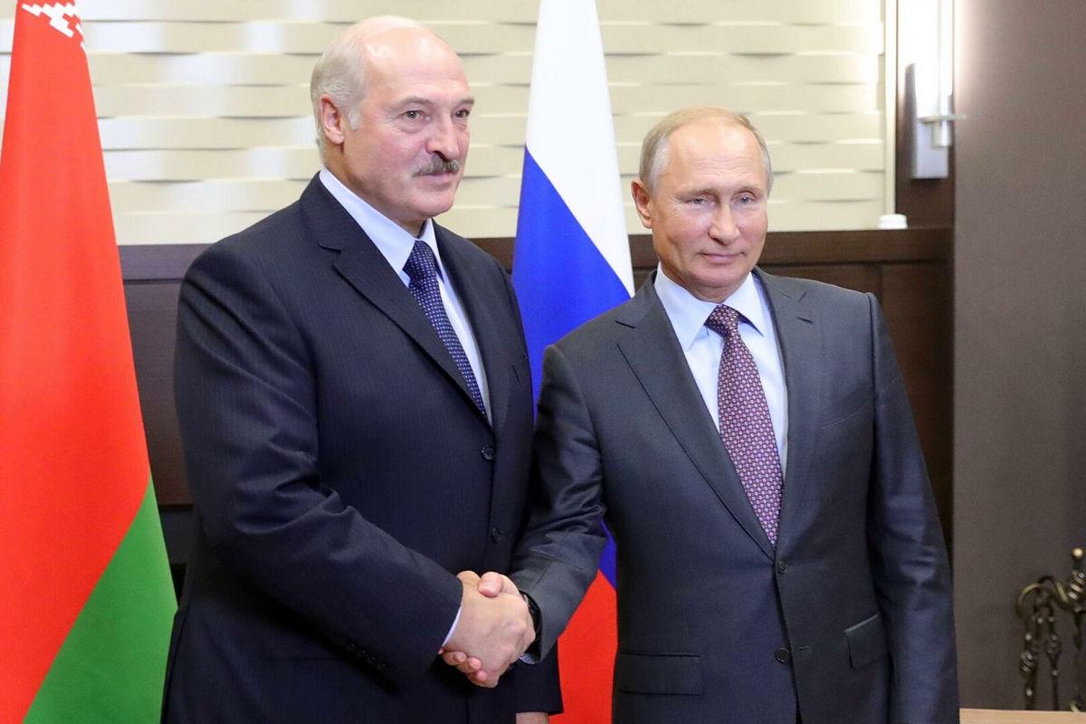 """Гончаренко: """"Россия развязывает себе руки для большой войны против Украины, удар может быть с севера"""""""