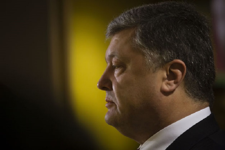 Тяжелые бои на Донбассе: остался ли Порошенко сторонником мирного урегулирования и Миссии ООН - АП