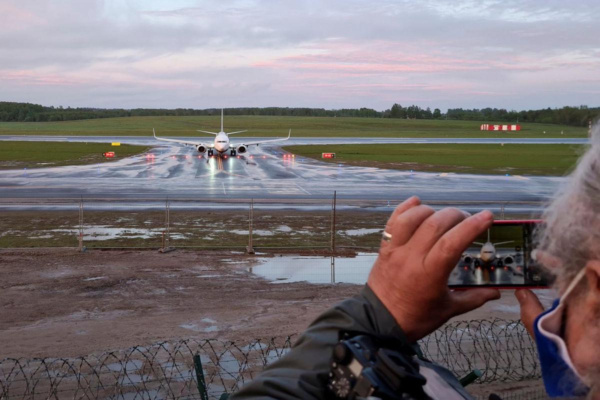 Принудительная посадка самолета в Беларуси: Литва, Польша и ФБР начали расследование