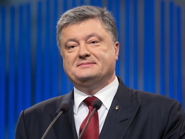 """""""Мы подвинули АД на десятки километров"""", - Порошенко напомнил """"кремлевскому диктатору"""" Путину, как украинская армия отправила """"в пекло"""" его наемников"""