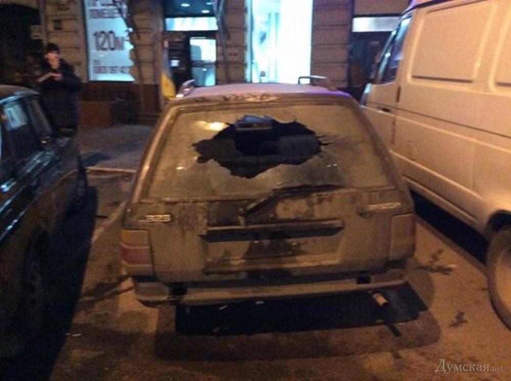 В Одессе задержан поджигатель волонтерского автомобиля