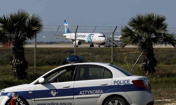 Израильские истребители экстренно подняты в воздух после захвата Airbus-320 в Египте