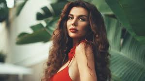 Анна Седокова, певица, исполнительница, секси, звезда, губы, макияж,  знаменитость, известная личность, комментарии, соцсети, Сеть, видео