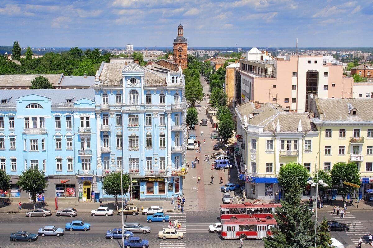 Украинцы рассказали, в каком городе живется лучше всего – данные опроса
