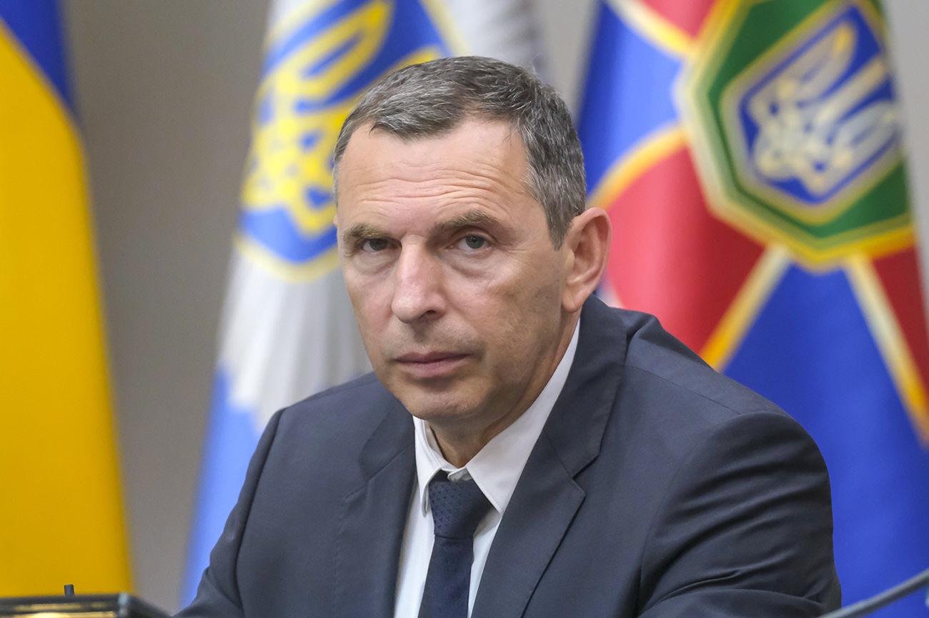 Совершено покушение на помощника Зеленского: авто Шефира расстреляли из автомата, ранен водитель