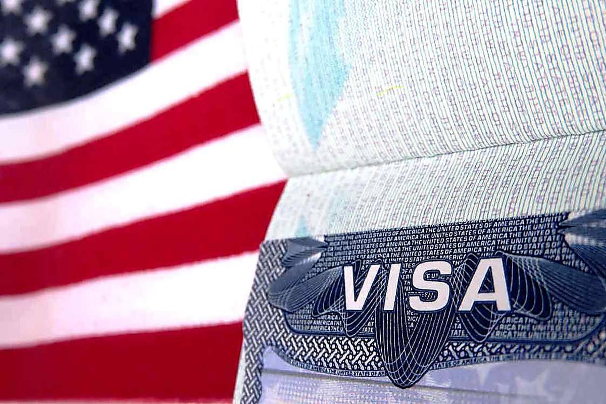 Россиянам стали отказывать в американских визах из-за посещения оккупированного Крыма – громкие подробности