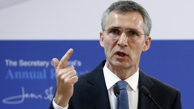 """Генсек НАТО Столтенберг сурово обратился к Путину: """"У вас есть последний шанс, иначе будут проблемы"""""""