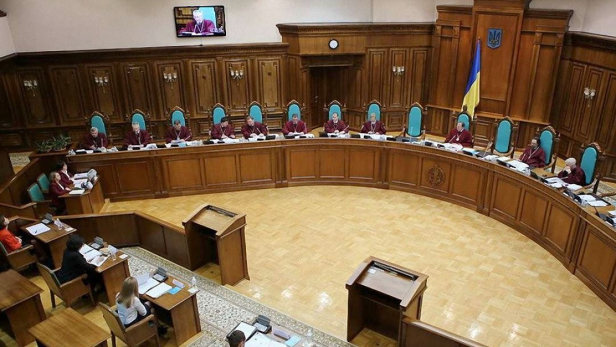 Конституционный суд готовится вынести громкое решение: далее Медведчук и Тимошенко планируют всеукраинский референдум - СМИ