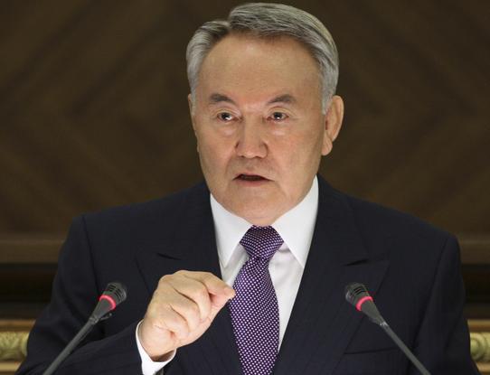 Назарбаев: Для России и Украины настает момент истины - дальше кровопролитие продолжаться не может