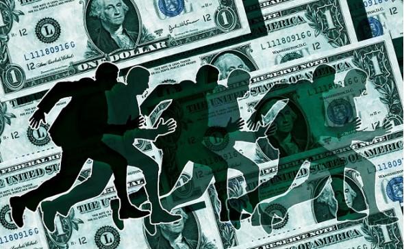 В России настоящая паника: бизнес массово выводит валюту и готовится уезжать из страны