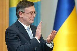 Украина находится под влиянием США, - Кожара