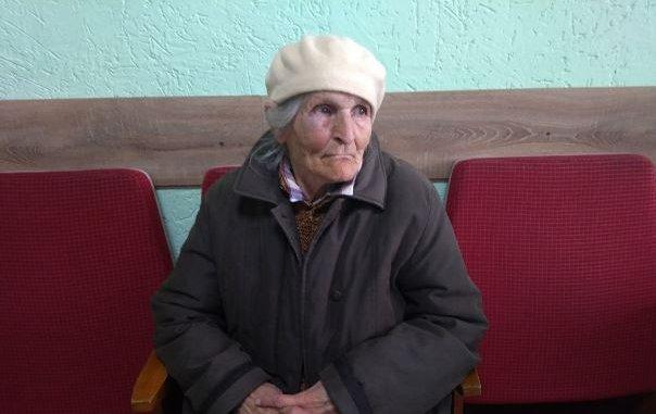 В Луцке жестоко избили 79-летнюю активистку за агитацию против Зеленского – кадры