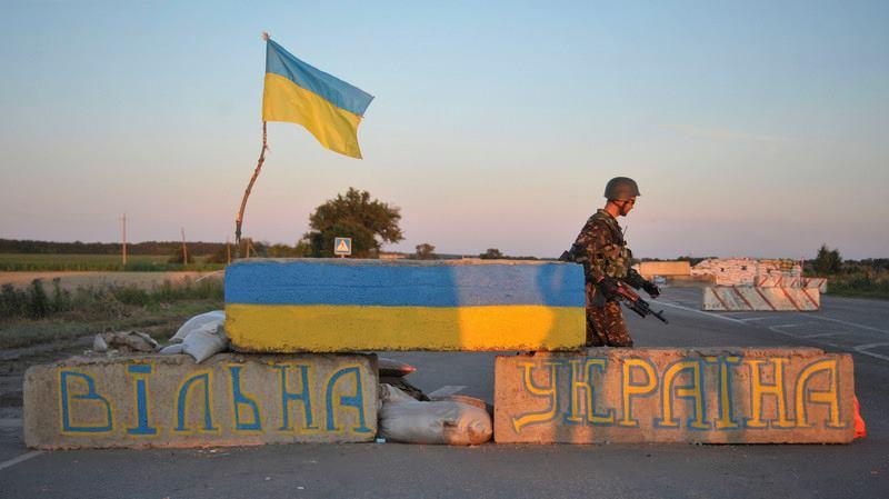 """Террористы """"ДНР"""" 79 раз ударили по позициям бойцов АТО вдоль всей линии разграничения"""