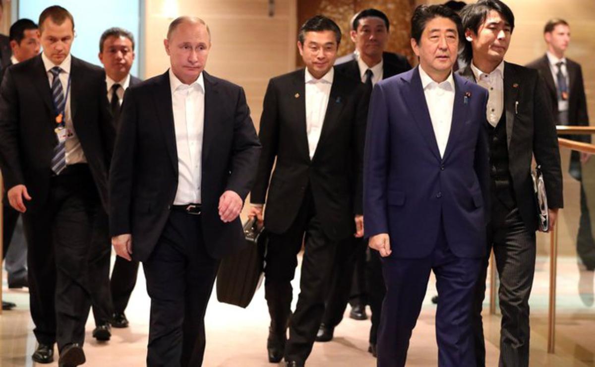 """""""У Путина сложные времена, а Япония наседает все сильнее"""", - эксперт рассказал, как в Кремле готовятся сдать Курилы"""