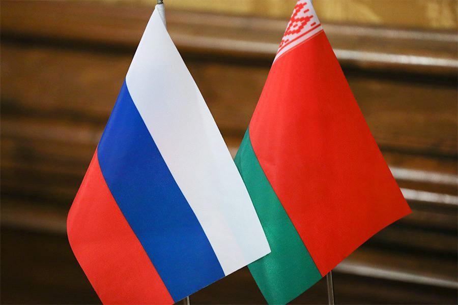 """В Кремле обиделись на Лукашенко за правду о России: """"Беларусь без нашей помощи не выживет и """"развалится"""""""""""