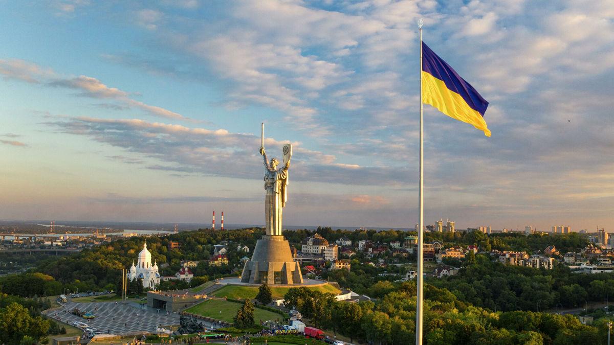 Названа страна, чьи граждане чаще всего едут в Украину: это не Россия