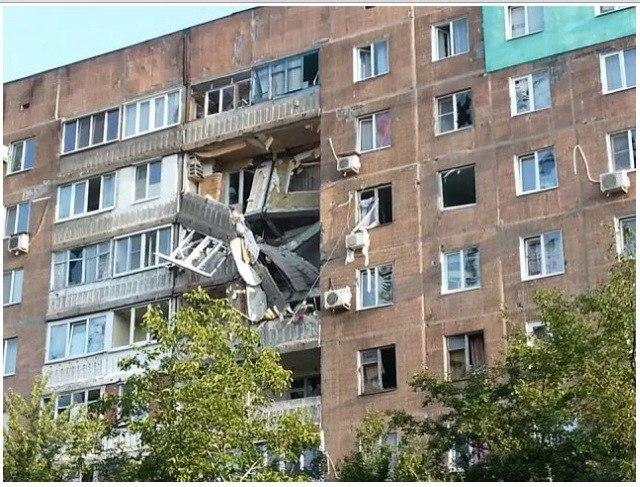 Как выглядит Петровский район Донецка после обстрела 15 августа