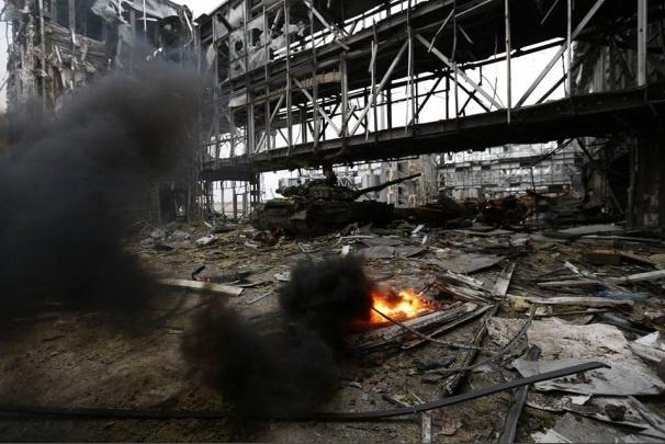 Очевидцы: Украинская армия входит в Донецк? В городе слышны взрывы и автоматные очереди