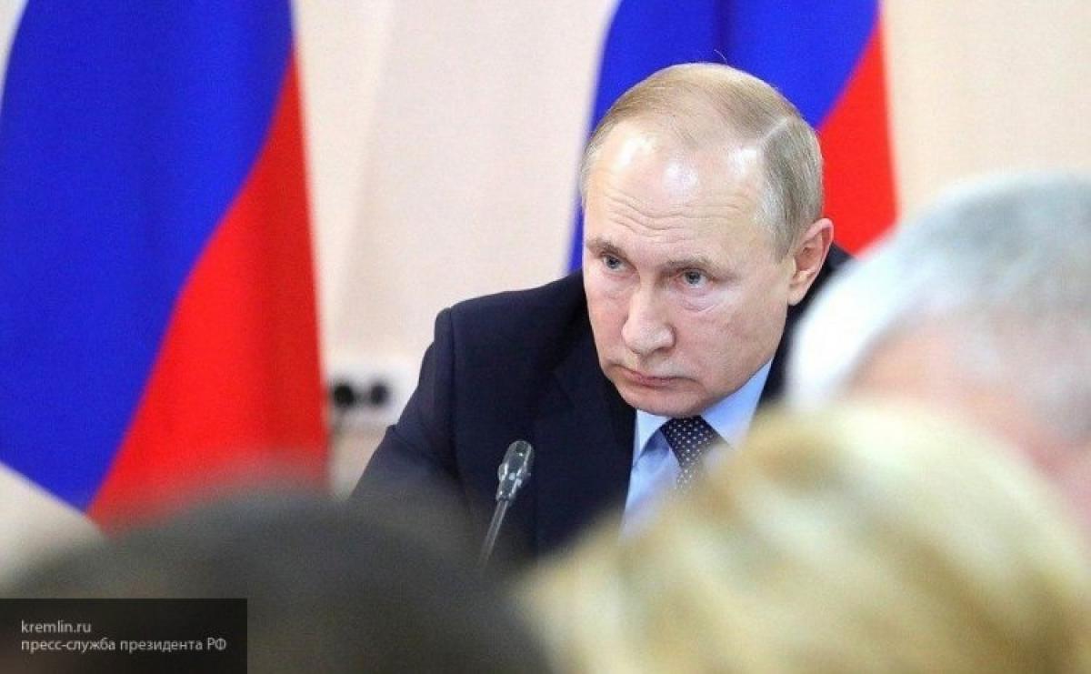 Путин уже выбрал замену Медведеву: названа фамилия нового премьера России