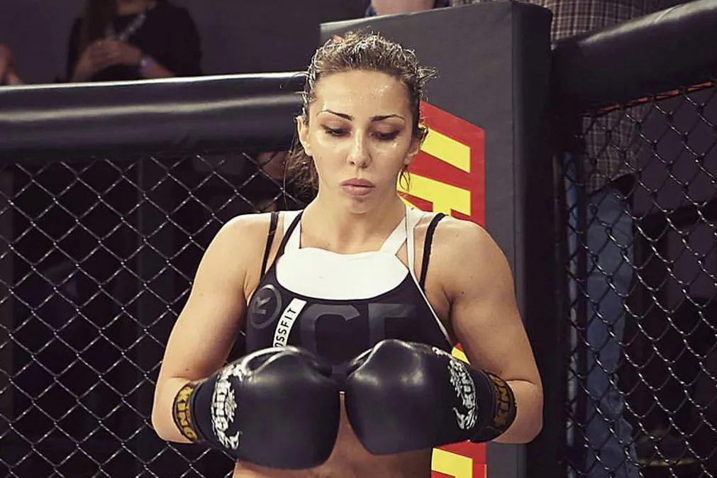 """Боксерша обвинила Нурмагомедова в сексизме: """"Пускай диктует свои правила в горах Дагестана"""""""